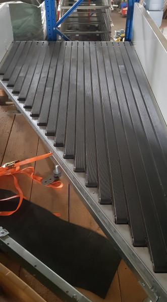 Motion06 angled-belt conveyor 30° 1615-1150-1050